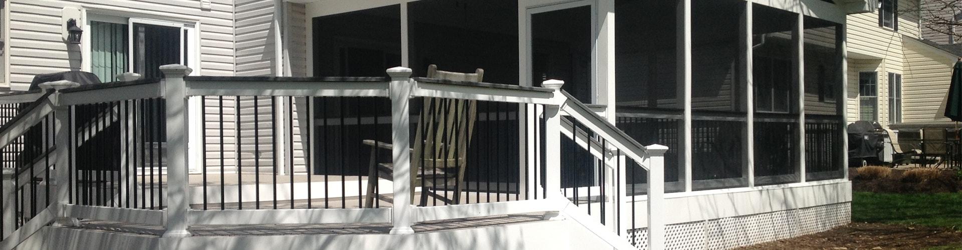low-maintenance-deck-railing