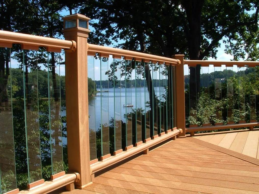 Waterfront Decking Services In Middle River