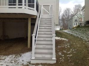 Low Maintenance Deck 39