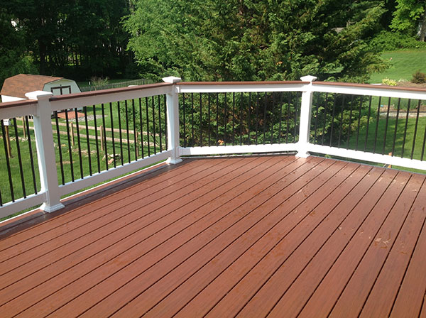 Pvc Or Composite Decks Let Us Help You Make The Right